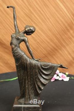 Elegant Dancer Dancer Bronze Sculpture Signed Arabesque Art Deco Statue Soldé