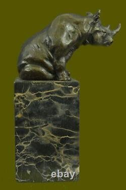 Fantastic Detailed White Rhinoceros Bronze Art Figure Statue Sculpture