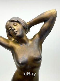 Nude Bronze Sculpture Art Nouveau Period Signed In 1900