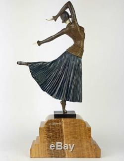 Statue Bronze Sculpture 47cm Style Art Nouveau Chryselephantine Statue