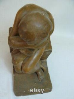 Woman Stydling Sculpture St Art Deco Signed - Autographed From Febra
