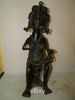 Ancienne sculpture en bronze maternité burkina, fang, congo art africain