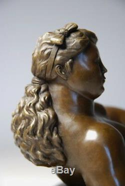 Art Contemporain-sculpture belle jeune femme alanguie bronze envoi gratuit