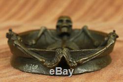 Art Déco Bronze Figuratif Chair Crâne Squelette Statue Sculpture Cendrier Deal