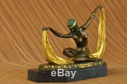 Art Déco Charleston Fille Danseuse Bronze Métal Sculpture par Mirval Figurine
