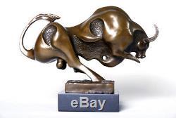 Art animalier contemporain- magnifique taureau signé Milo