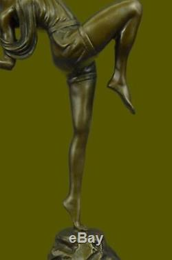Chasseresse Diana Style Art Nouveau Musée Bronze Sculpture Statue Figurine T