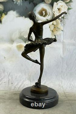 Détail Prima Ballerine Bronze Sculpture Style Art Nouveau Deco Figurine