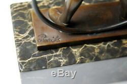 Filette au cerceau- belle statuette signée Preiss- bronze d'art- Envoi gratuit
