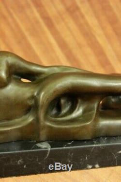 Merveilleux Abstrait Art Moderne Bronze Nu Sculpture Henry Moore Figurine