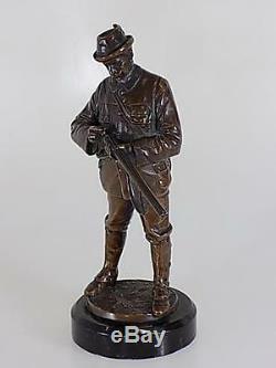 Original Art Nouveau Bronze Hunter Sculpture sur Base en Marbre Statuette 20. JHD