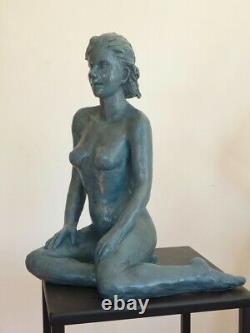 Randa H35/P20/L25cm Statue Sculpture terre cuite Art du Nu Design couleur bronze