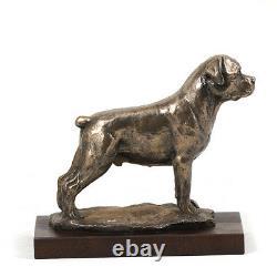 Rottweiler, statue de chien sur une base en bois, édition limitée Art Dog FR