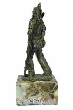 Sculpture Statue Signé Américain Guerrier Coypel Serre-Livre Livre Fin Art Déco