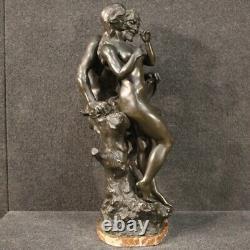 Sculpture statue in bronze signé style ancien fille avec faune 900 art