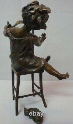 Statue Sculpture Chat Fille Chaise Style Art Deco Style Art Nouveau Bronze massi