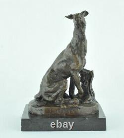 Statue Sculpture Chien Chasse Animalier Style Art Deco Bronze massif Signe