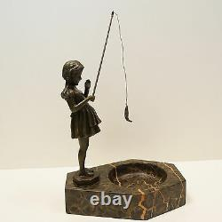 Statue Sculpture Fillette pecheuse Style Art Deco Style Art Nouveau Bronze massi