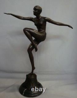 Statue Sculpture Sexy Style Art Deco Style Art Nouveau Bronze massif